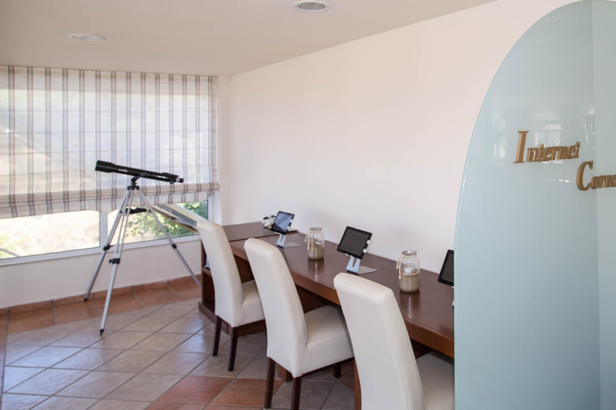 Romanza Hotel -11-thumb